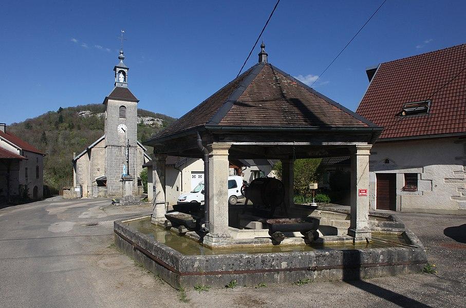 Fontaine à Malans (Doubs).