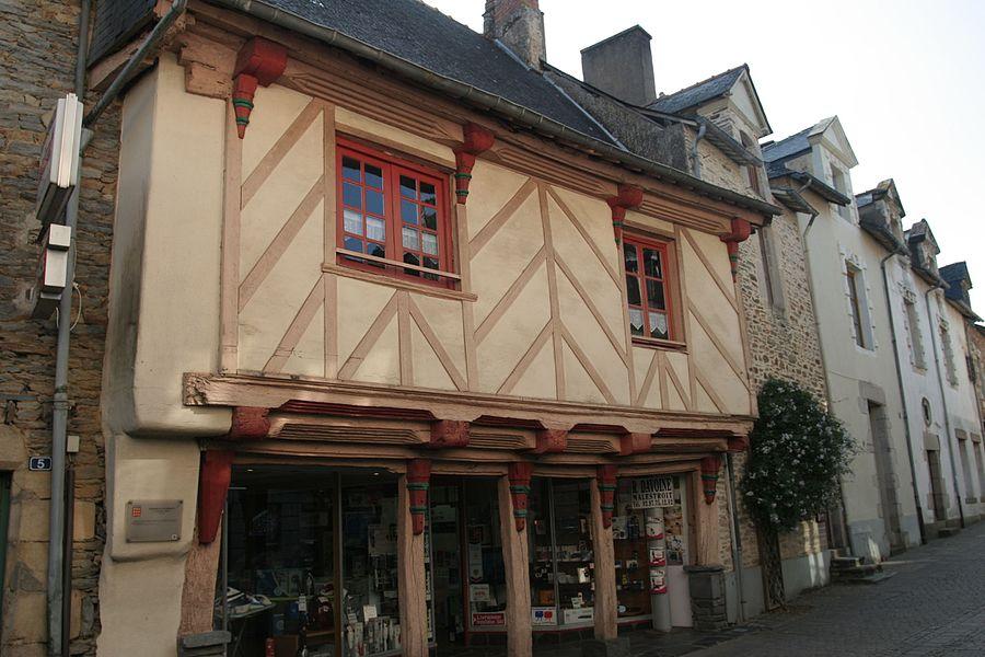 Maison Le Moué, 7 rue du Général de Gaulle à Malestroit.