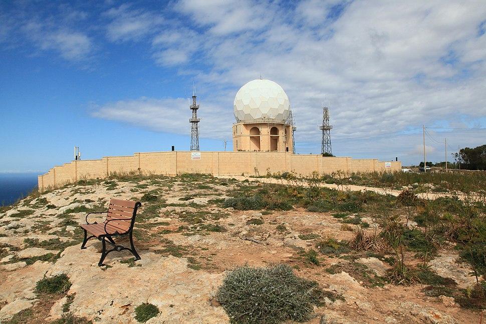 Malta - Dingli - Triq Panoramika - Radar 15 ies