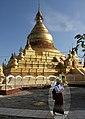 Mandalay-Kuthodaw-24-Zentralstupa-gje.jpg