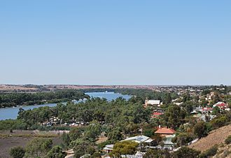 Mannum - Mannum as seen from a nearby lookout