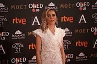 María León en los Premios Goya 2017.jpg