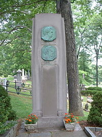Mark Twain Grave.JPG