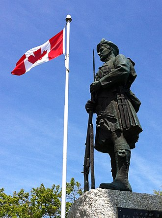 Chester, Nova Scotia - Nova Scotia Highland soldier by famous New York sculptor J. Massey Rhind