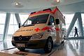 Mercedes-Benz Sprinter 313 2001 CDI Rettungswagen LFront MBMuse 9June2013 (14796982308).jpg