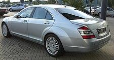 Mercedes S500 rear.JPG
