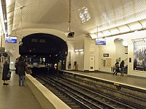 Metro de Paris - Ligne 3 - Villiers 03.jpg