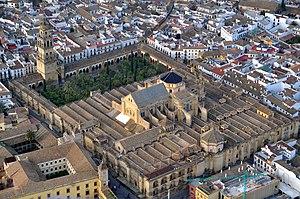Mezquita de Córdoba desde el aire (Córdoba, Es...