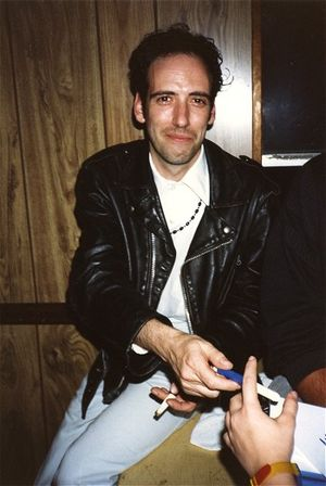 Mick Jones (The Clash guitarist) - Jones during his stint with Big Audio Dynamite (New York, 1987)