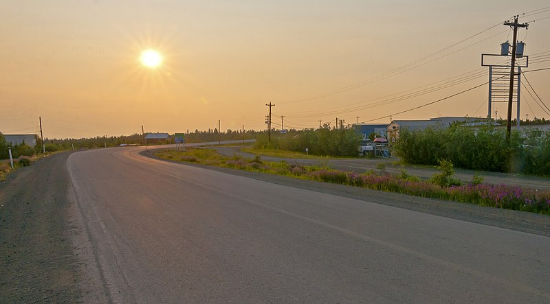 File:Midnight sun over the Dempster Highway.jpg