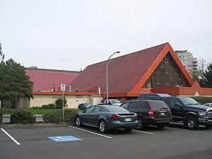 Minoru Park - Minoru Aquatic Centre.
