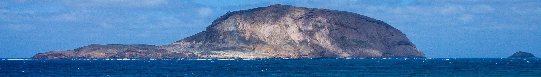 Montaña Clara y Roque del Oeste pagebanner.jpg