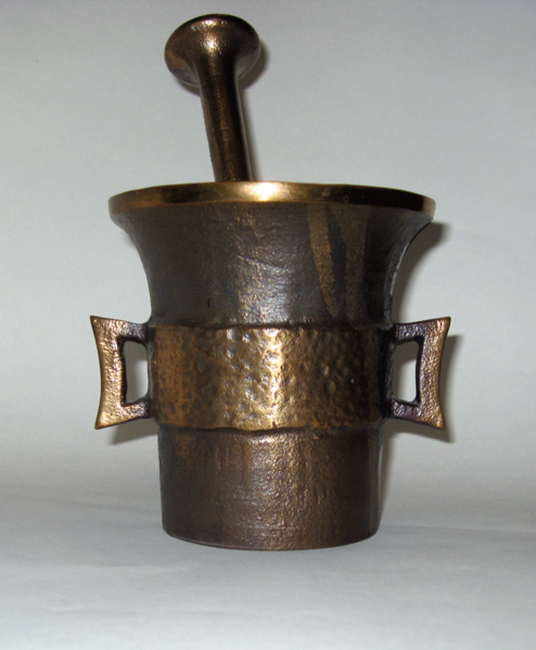 File:Mortar and pestle - sand casting, bronze-2-base.xcf