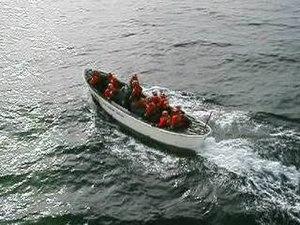 File:Motor Surf boat.ogv