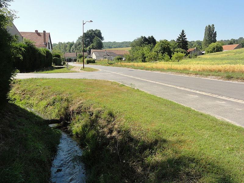 Muscourt (Aisne) carrefour principal