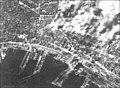 Napoli 1943, bombardamento aereo.jpg