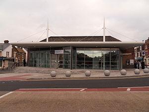 Gillingham (Kent) railway station - Image: New Gillingham Station Front