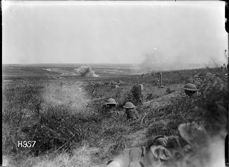 File:New Zealand troops in shell hole positions during shelling by German artillery in France, World War I (21045070924).jpg