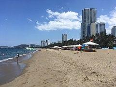 Nha Trang Beach 2.jpg