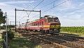 Nispen NMBS 819 MS75-4-80805 stoptrein uit Lokeren (36133783935).jpg