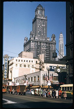 Chicago Theatre - The theater in October 1944 with blue-gray paint.