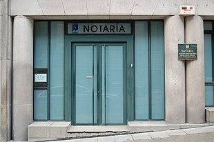 Ufficio Esercitato Dai Notai Nel Medioevo : Notaio wikipedia