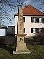 Obelisk-kriegerdenkmal in Colmberg.jpg