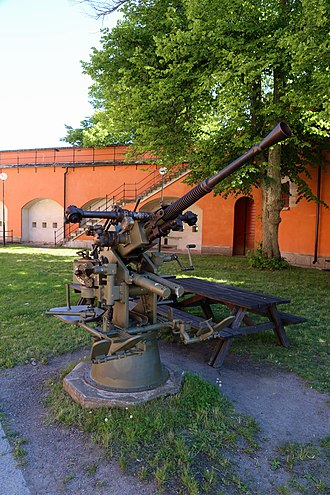 Bofors 25 mm M/32 - Image: Old artillery at Vaxholms kastell (19829783670)