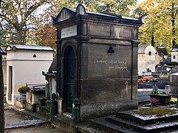 Tomb of Vero and Raynaud