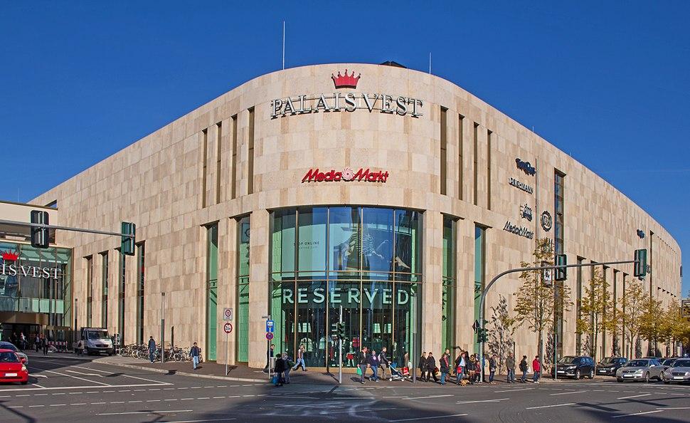 Palais Vest