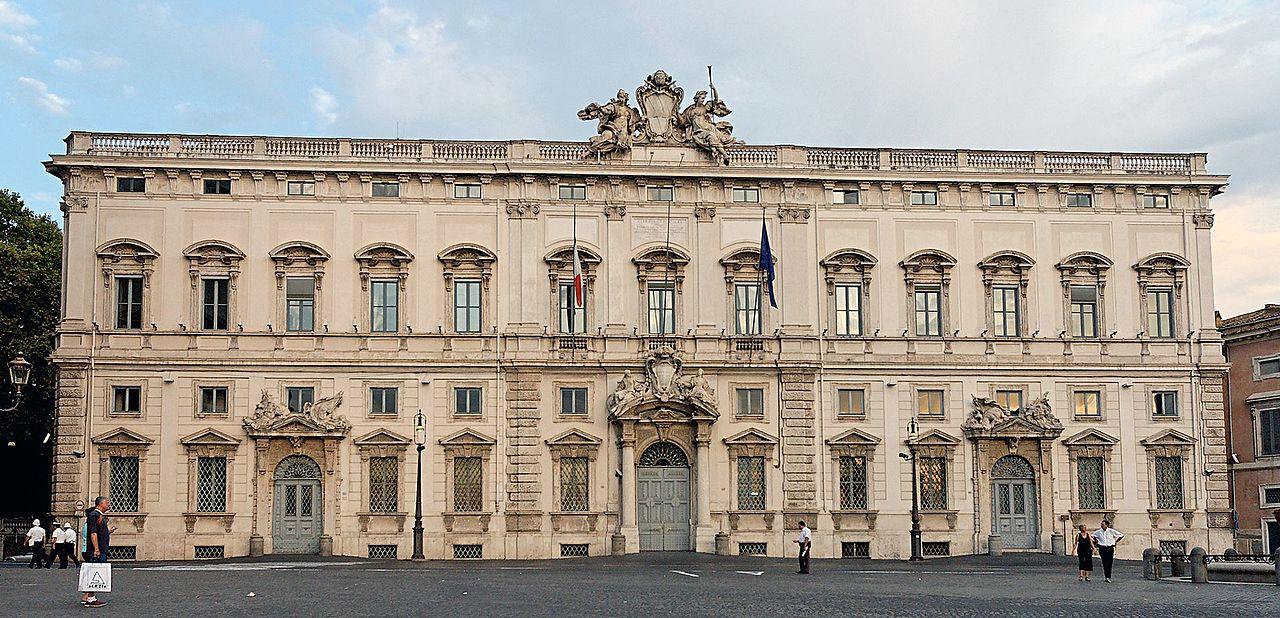1280px-Palazzo_della_Consulta_Roma_2006.jpg