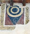 Palazzo vicariale di certaldo, loggia in facciata, stemma forse albizzi.jpg