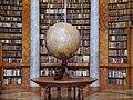 Pannonhalma Erzabtei Pannonhalma Bibliothek Globus.JPG
