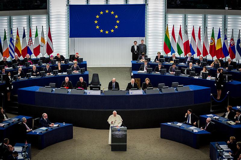 File:Pape François Parlement européen Strasbourg 25 nov 2014 15.jpg