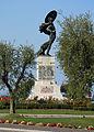Peschiera-Monumento ai caduti.JPG