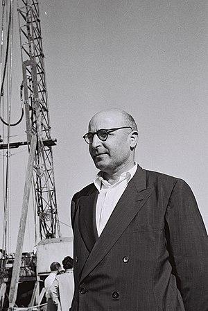 Pinchas Sapir - Image: Pinchas Sapir 1955