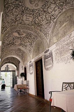 Pinturas del Hotel Convento La Magdalena