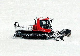 Snowcat - Image: Pisten bully winchcat (snowcat)