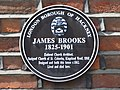 Plaque on 42, Clissold Cresecent, N16 - geograph.org.uk - 878634.jpg