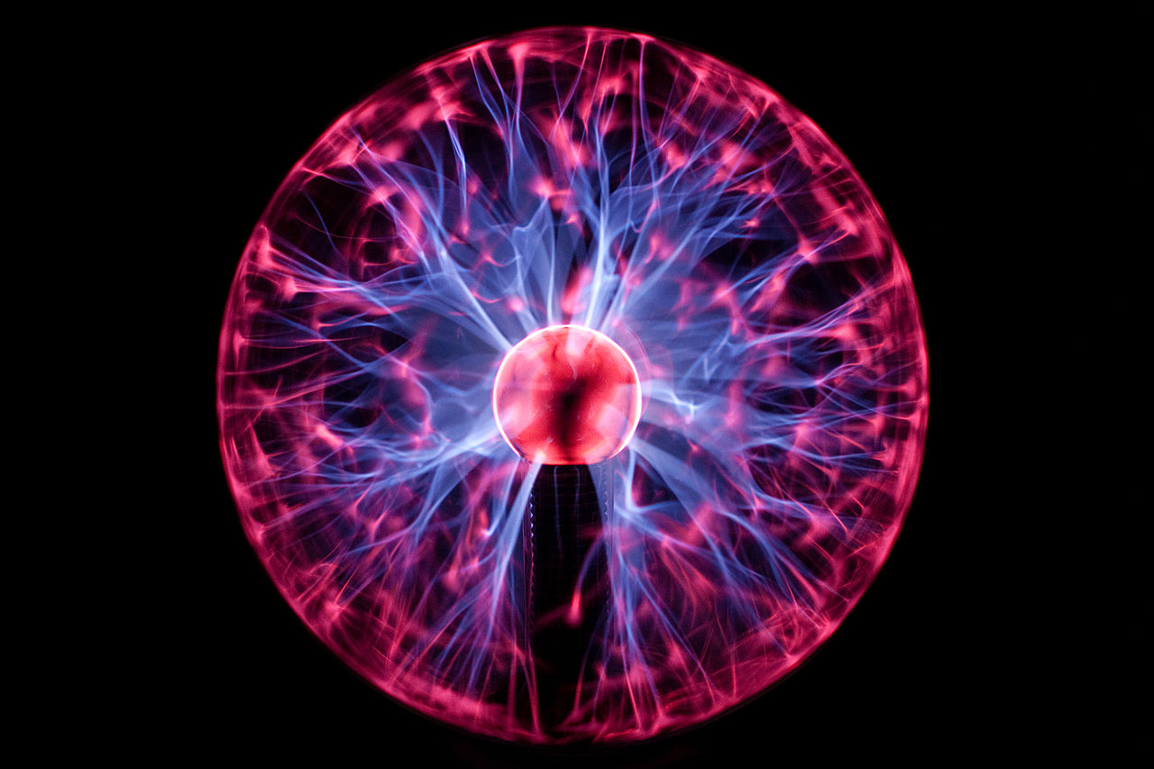 File:Plasma Ball (short exposure).jpg - Wikimedia Commons