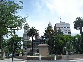 Plaza Independencia. Mercedes.JPG