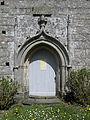 Plussulien (22) Chapelle Notre-Dame de Sélédin 07 Porte méridionale..JPG