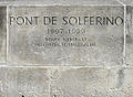 Pont de Solférino-inscription-20050628.jpg