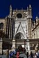 Porche cathédrale de Séville 2019.jpg
