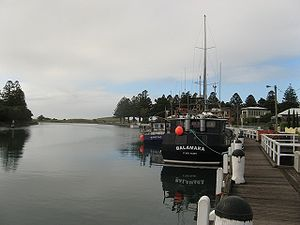 Port Fairy - Image: Port Fairy harbour 2