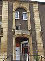 Porte ancien chateau Moutiers 54.jpg