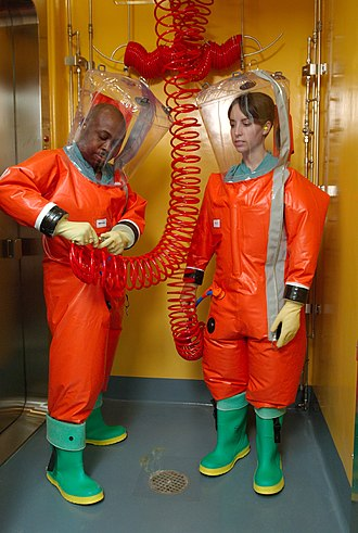 Positive pressure personnel suit - Image: Positive pressure suit (orange suit)