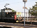 Praha-Holešovice, posunovač na lokomotivě 111.jpg