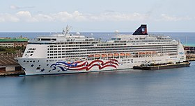 Pride of America seen from Aloha Tower (4677840953).jpg