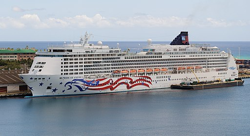 Pride of America seen from Aloha Tower (4677840953)
